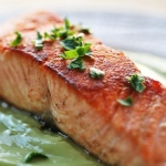 salmon-avocado-remoulade-640-600x400